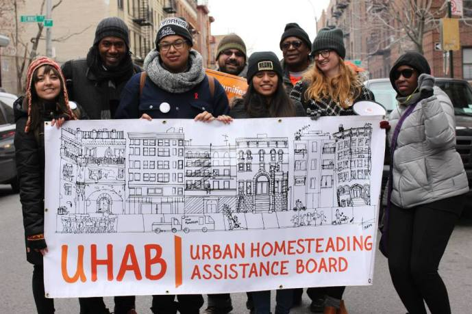 Stabilizng NYC member UHAB demonstrates on a cold winter day.
